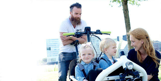 Велосипеды для перевозки детей (сиденья, прицепы, кресла, тележки): покупаем в Европе