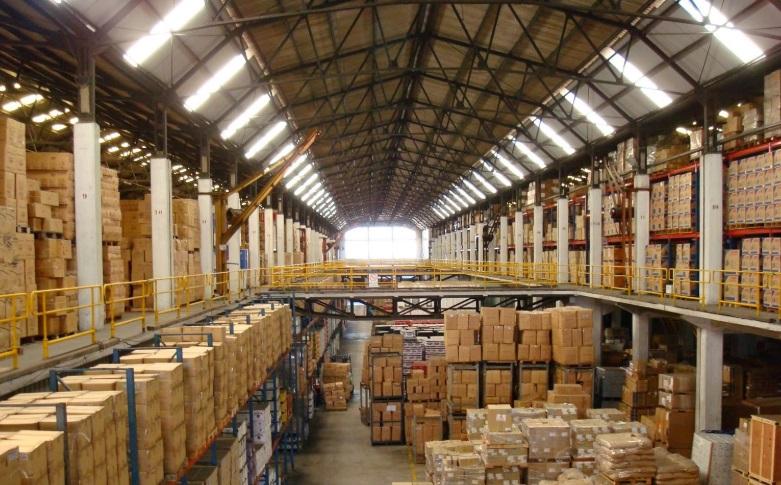 Хранение и консолидация груза на складе в Италии.
